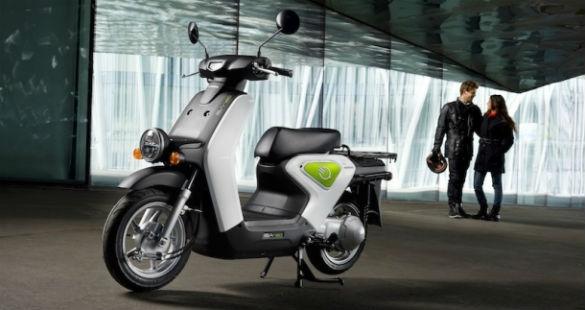 Scooter EV-neo na Espanha