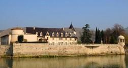 O-maravilhoso-Chateau-D'Ampuis-da-Família-Guigal-à-beira-do-Rhonecp