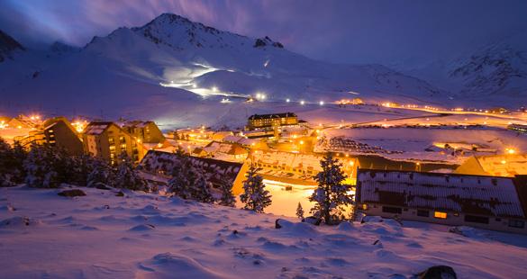 Esqui noturno em Las Lenãs