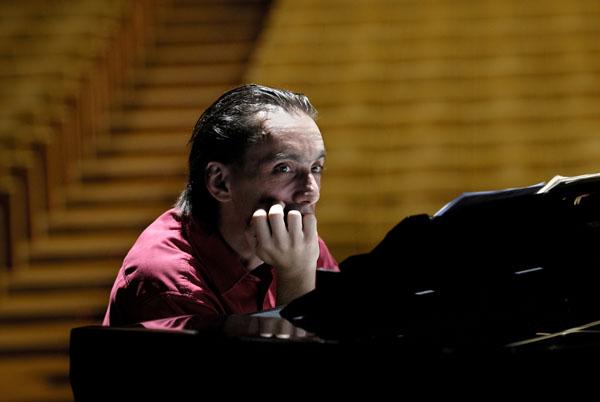 Pianista português Pedro Burmester, na Sala São Paulo