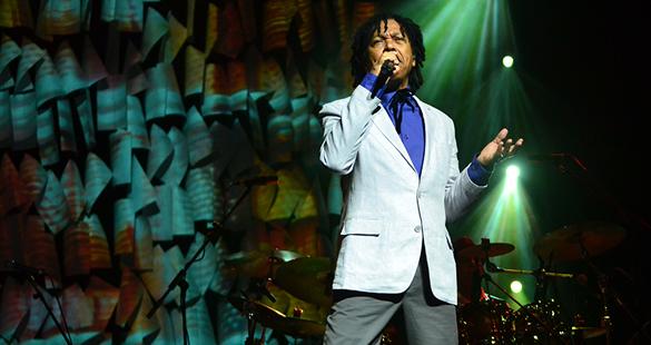 Fotos do show do Djavan