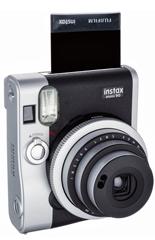 Instax Mini 90 tem design retrô