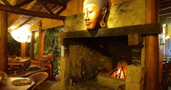 5 restaurantes que você deve ir na Praia do Rosa