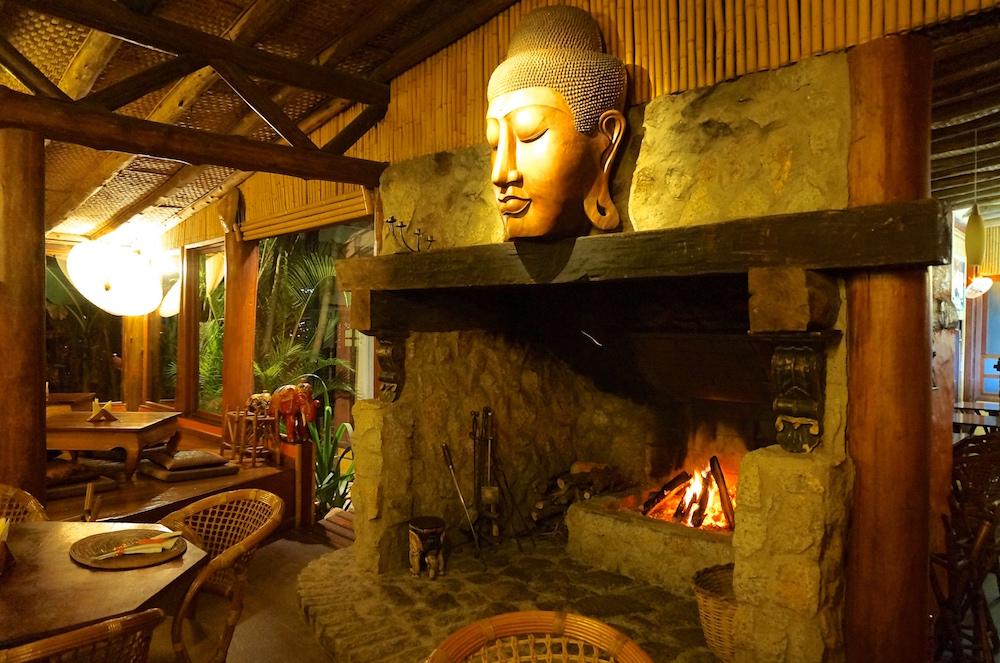 4 restaurantes que você deve ir na Praia do Rosa