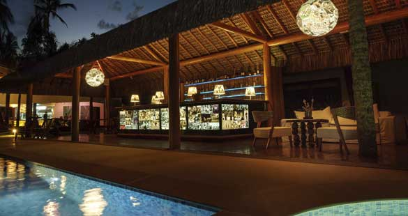Samba, praia e relax :: Campo Bahia Hotel promove jantar beneficente