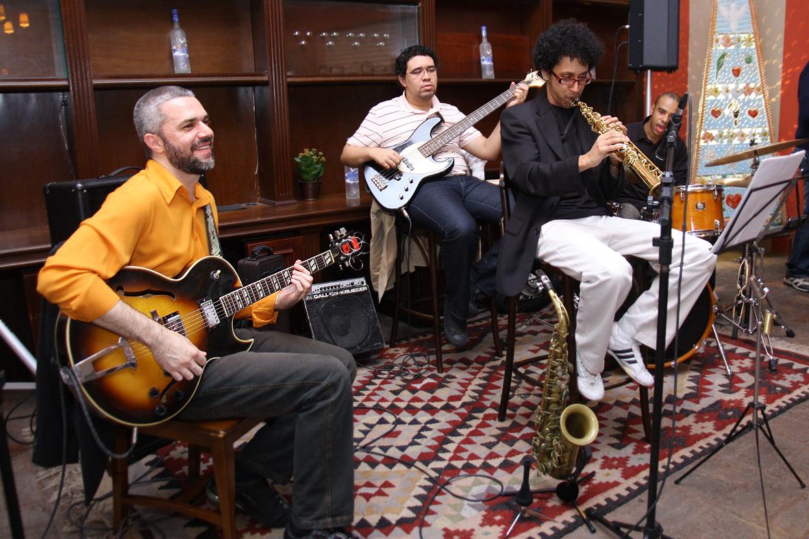 """""""Onne night of Jazz"""" faz sucesso em noite de estréia"""