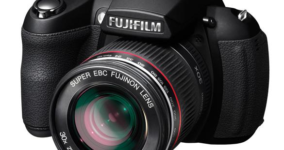FinePix HS20 da Fuji possui zoom de 30x