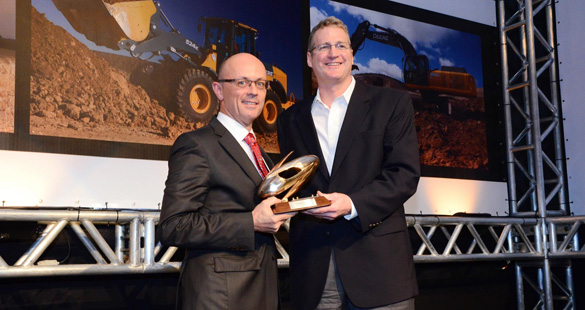 John Deere premia filtros MANN+HUMMEL