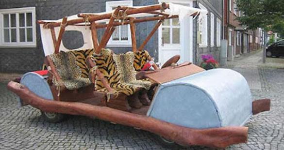 Carro dos Flintstones é proibido de circular em vias públicas
