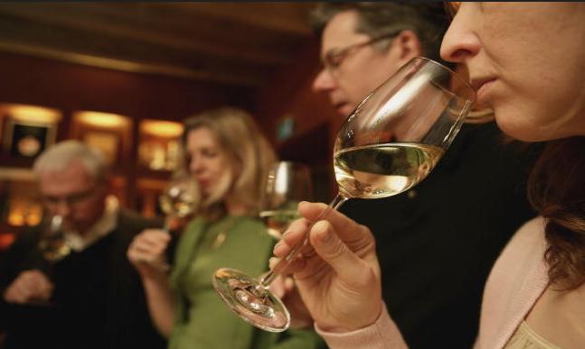 Nove passos para a degustação de vinhos