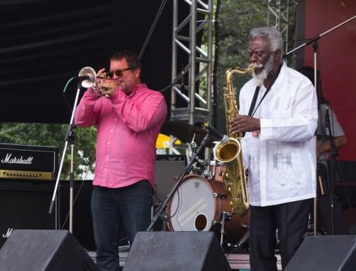 O jazzista Pharoah Sanders deu uma aula de free jazz ao lado do SP Underground