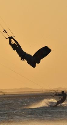 Kite-por-do-sol