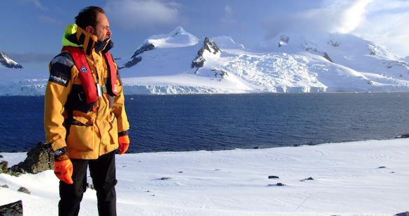 Amyr Klink leva brasileiros para navegar em Ushuaia