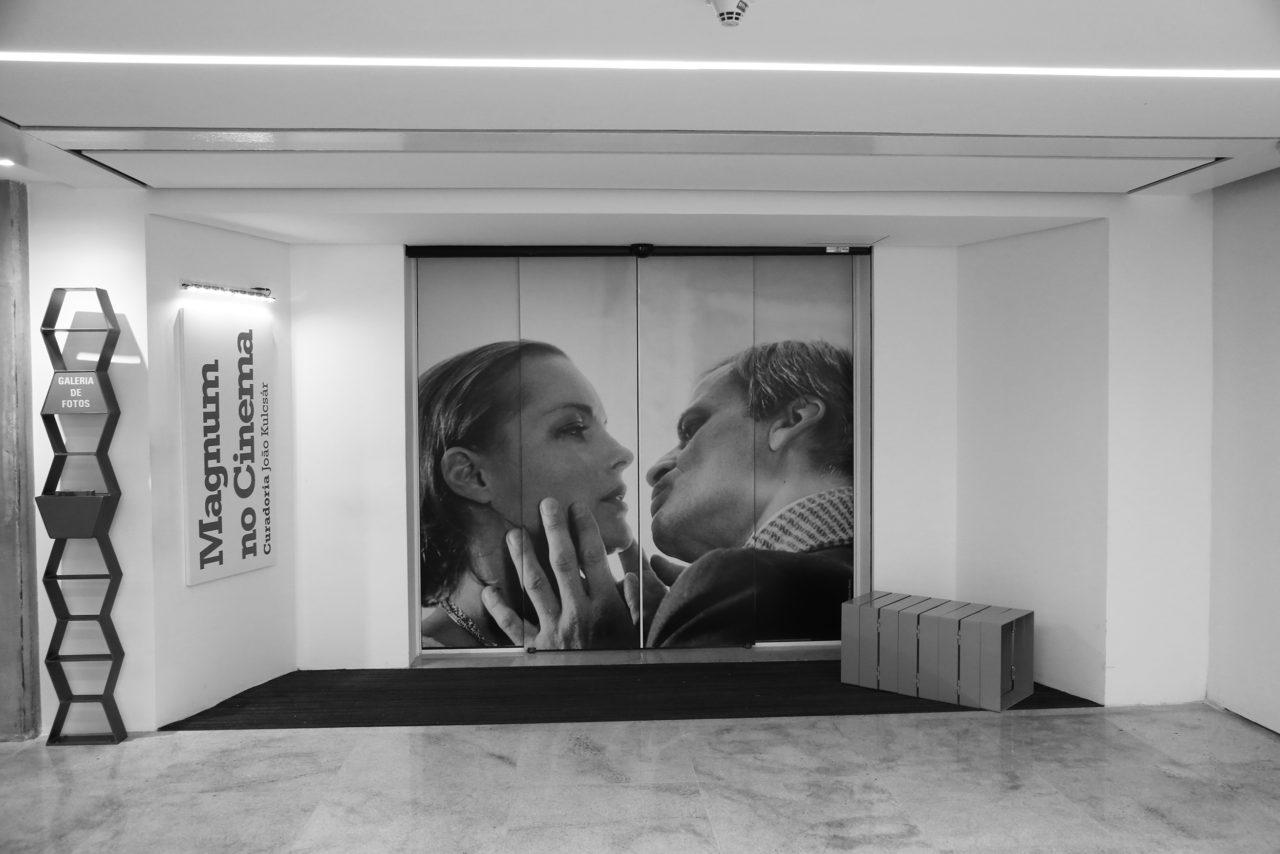 Mostra inédita reúne 80 Fotografias da Agência Magnum de Filmes de Hollywood