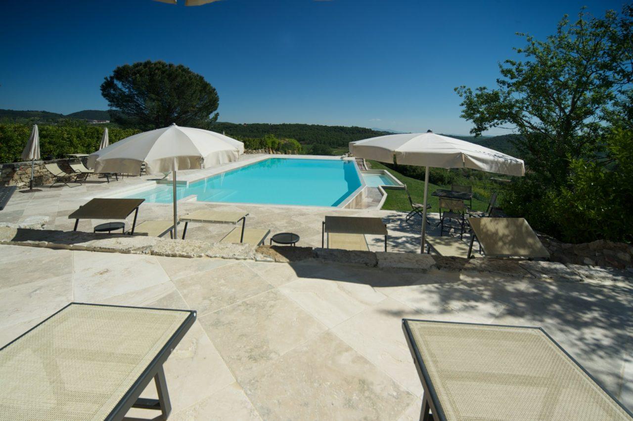 Hotel-castelo na Toscana é destino ideal para lua de mel