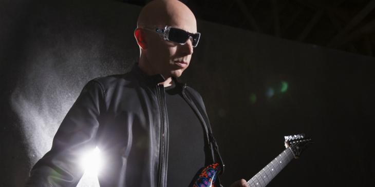 Joe Satriani toca de graça de nesse domingo no Ibirapuera